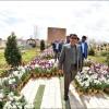 کلیپ آماده سازی باغ گلها